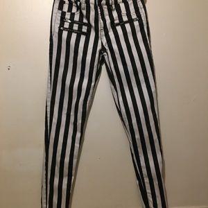 Blackheart Jeans - Black heart pants